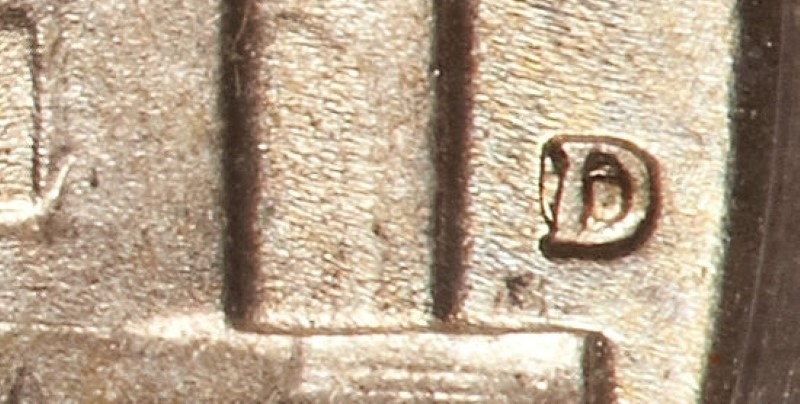 CLOSEUP OF MINTMARK